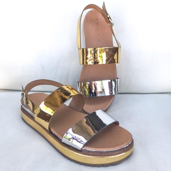 f6551c57e6aa ZARA TRF Flat Platform Track Sole Sandals 41 10 US.  M 5b1adac7fe515163264ffcb9